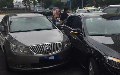 """上海保險業推出特色交通事故""""快處易賠""""機制"""